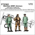 German WW1 Airmen - pilot (H.G.) in flight suit, pilot in uniform and mechanic